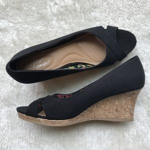 Black Open Toe Wedge